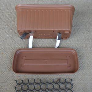 底面給水プランター 部品と設置法